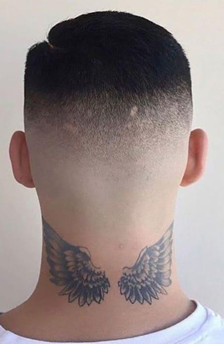 mẫu tattoo đôi cánh đẹp ở cổ nam