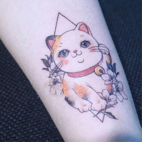 mẫu tattoo hình con mèo thần tài trên tay