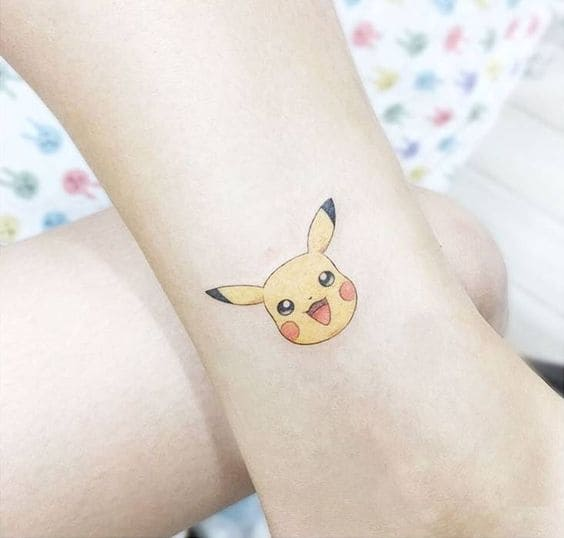 mẫu tattoo hình đầu pikachu mini