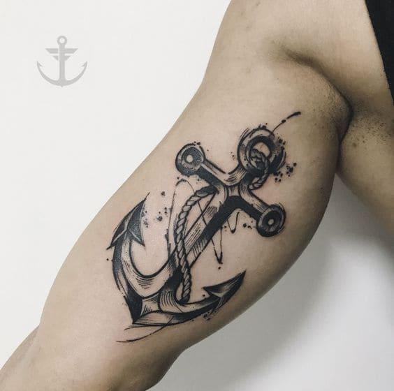mẫu tattoo mỏ neo ở bắp tay cho nam
