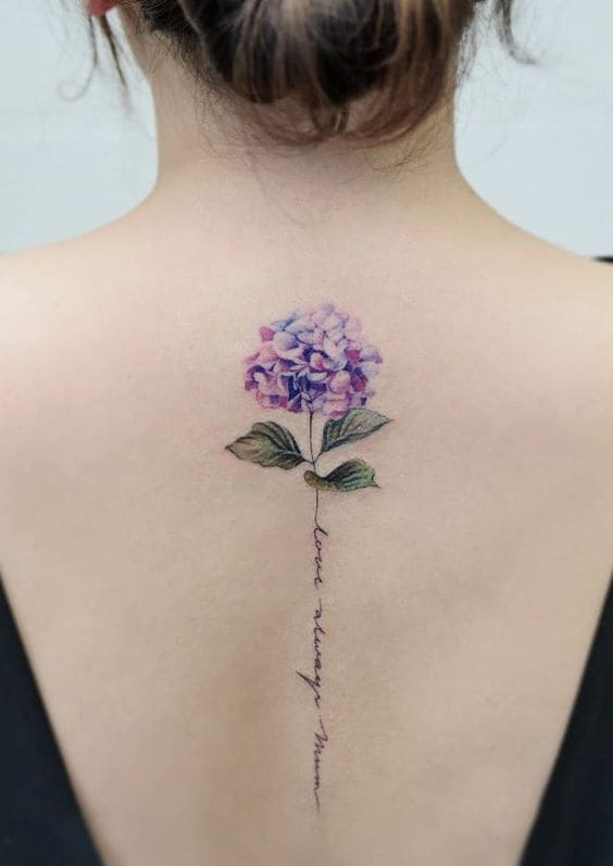 tattoo dọc sống lưng nữ dễ thương