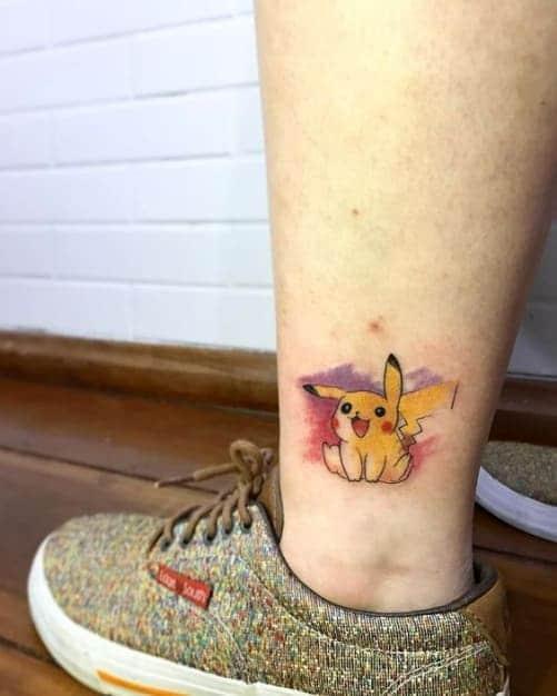 tattoo pikachu trên chân nam