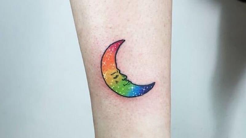 Hình tattoo 7 màu đẹp mặt trăng