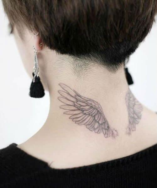 Hình tattoo cánh thiên thần sau gáy siêu xinh và cá tính