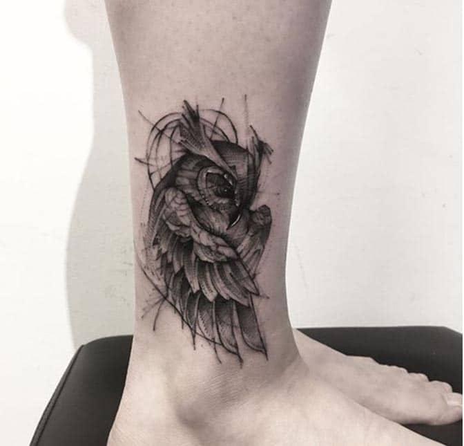 Hình tattoo chim cú mèo ở chân nổi bật