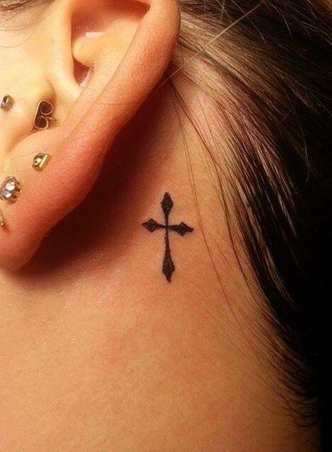 Hình tattoo cho nữ thánh giá sau tai
