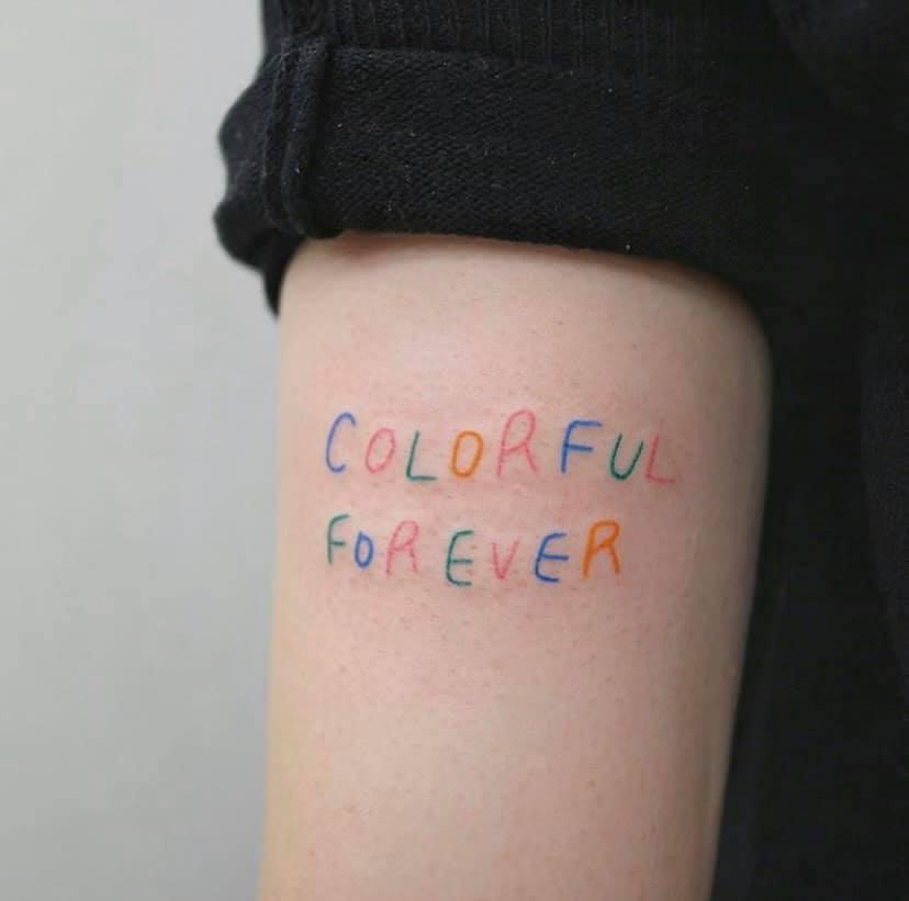Hình tattoo chữ có màu