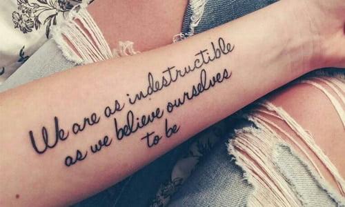 Hình tattoo chữ ý nghĩa về tình yêu