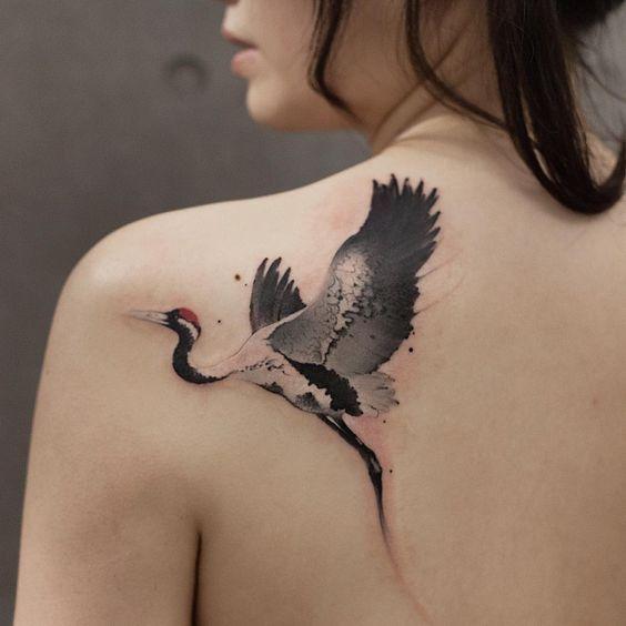 Hình tattoo con hạc cho nữ đẹp