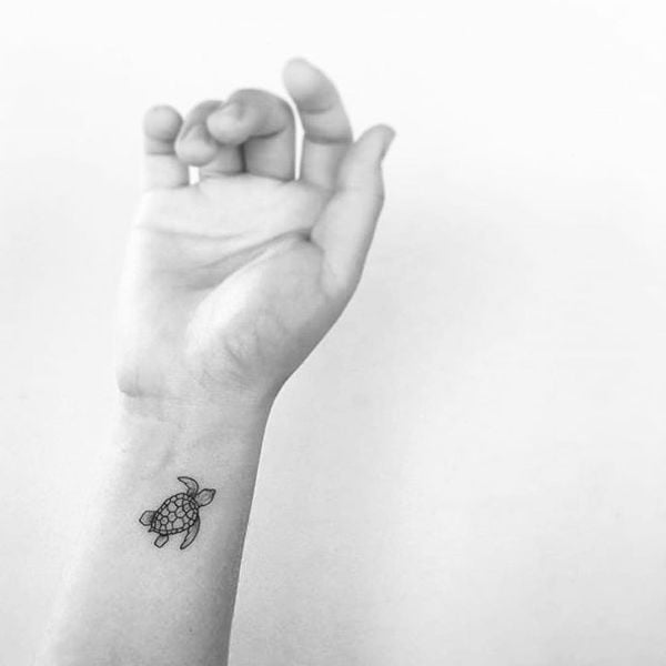 Hình tattoo con rùa nhỏ xinh