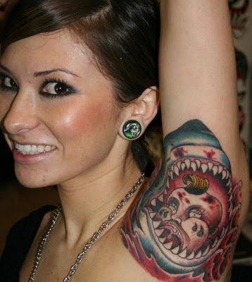 Hình tattoo độc lạ ở nách