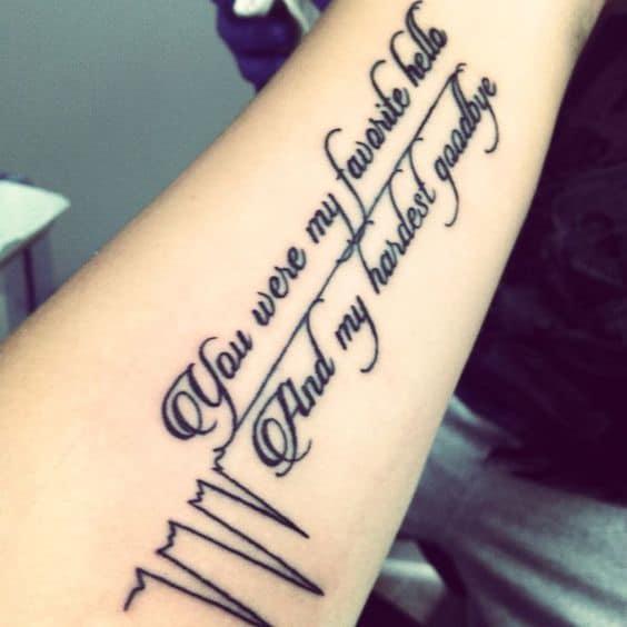 Hình tattoo yêu đơn phương buồn