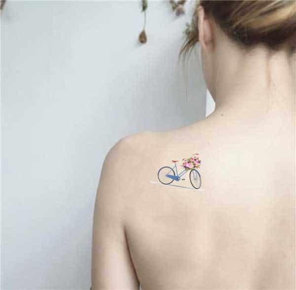 Hình xăm chiếc xe đạp nhỏ nhắn và cute