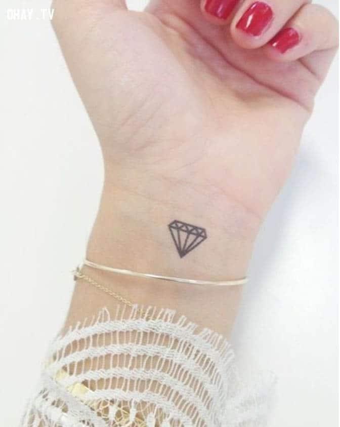 Hình xăm kim cương mini dễ thương và xinh xắn