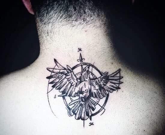Hình xăm sau cổ với biểu tượng đại bàng tuyệt đẹp