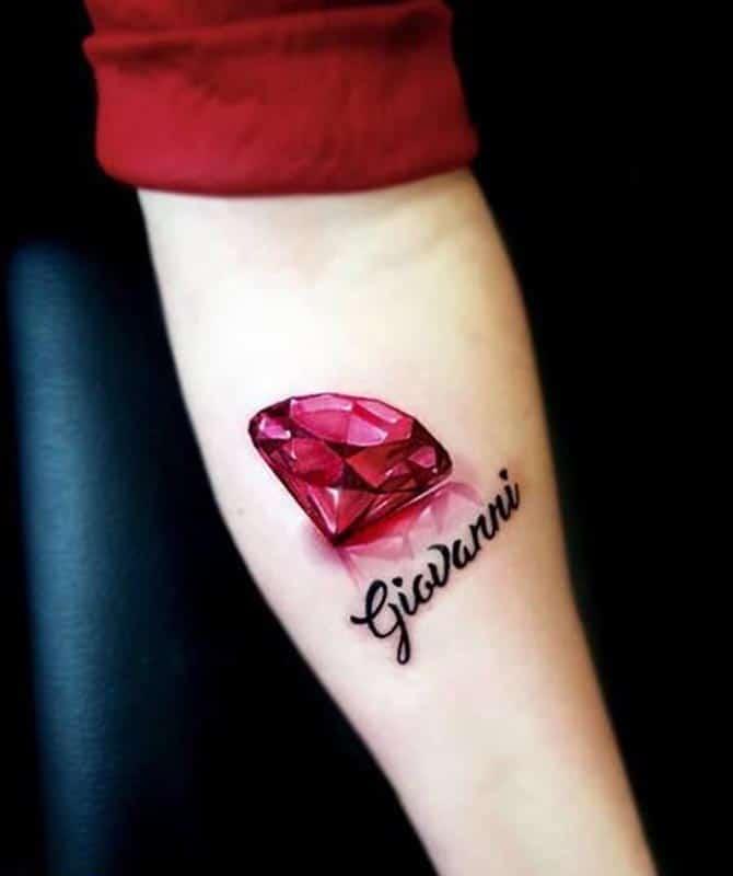 Không thể rời mắt trước hình tattoo kim cương 3d hoàn hảo này