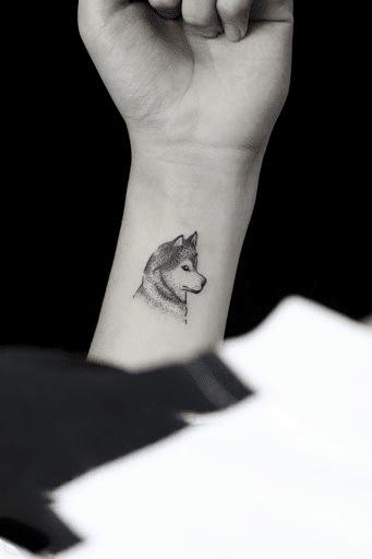 Kiểu tattoo đầu sói mini chất