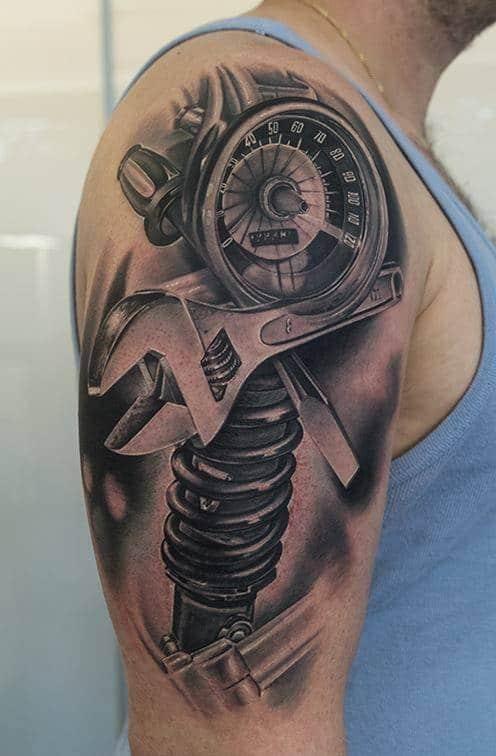 Kiểu tattoo phuộc xe thu hút mọi ánh nhìn