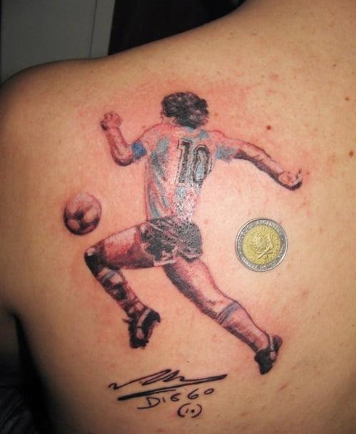Kiểu xăm cầu thủ Maradona của Argentina