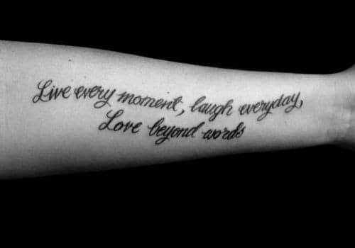 Tattoo chữ ý nghĩa về tình yêu