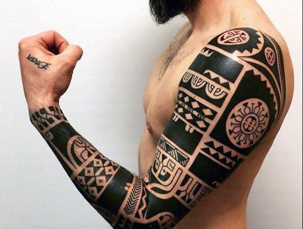 Tattoo xăm hoa văn độc lạ trên tay