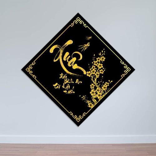 Tranh thư pháp đón xuân với tông màu đen vàng xuất sắc