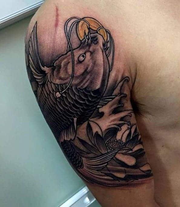 ảnh tattoo cá chép ngậm đồng xu ở tay đẹp nhất