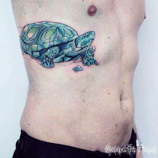 kiểu xăm tứ linh rùa màu xanh đẹp ở bụng nam