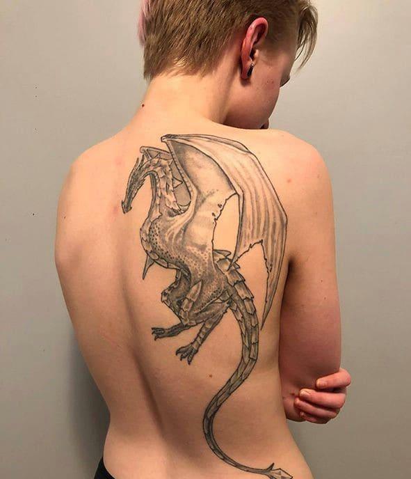 mẫu tattoo rồng có cánh nửa lưng cực chất