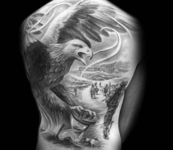 xăm hình đại bàng trắng đen kín lưng đẹp